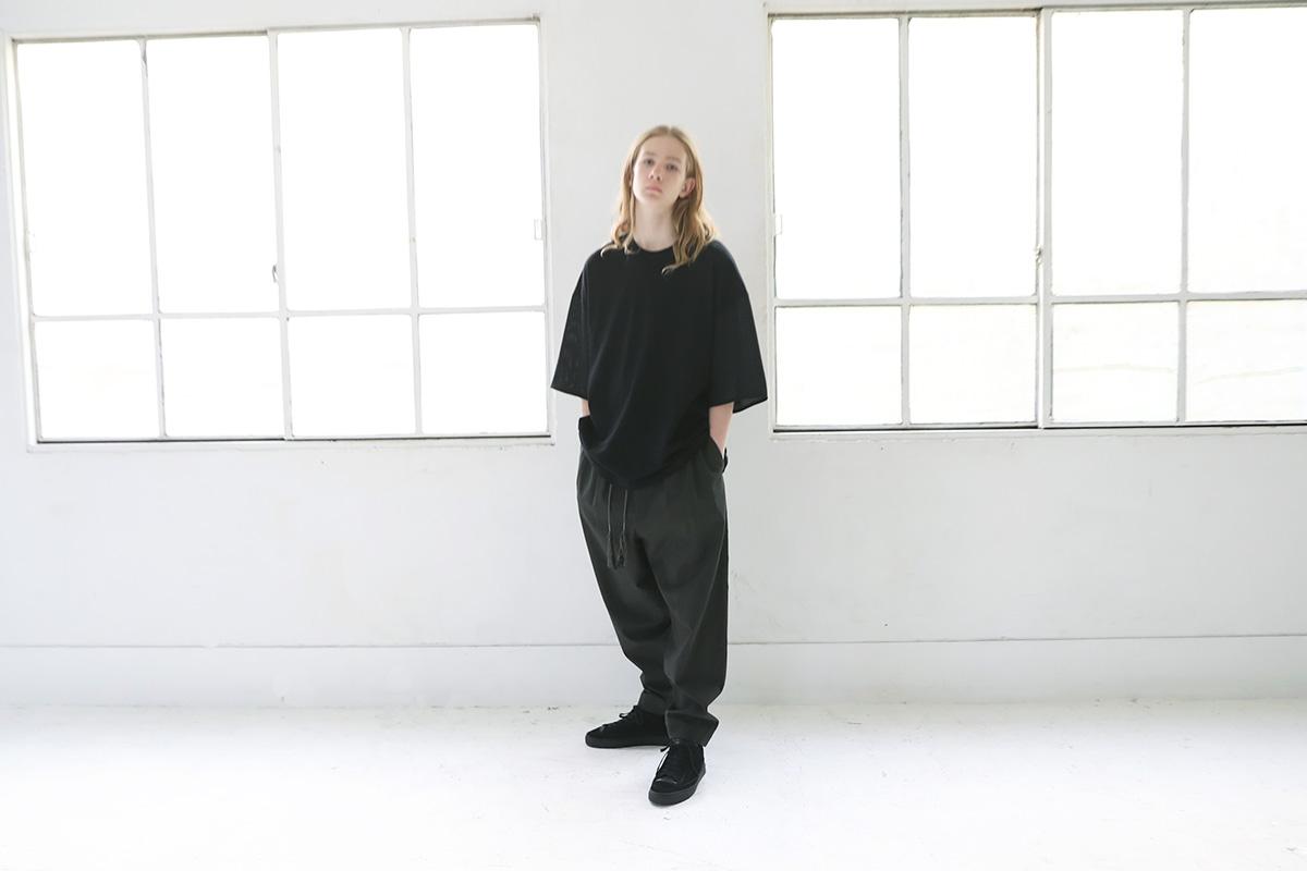 Edwina Hoerl エドウィナホール T-SHIRT<FUR JEDE ZEIT>PLUS[25C/EH42TS-01/black]