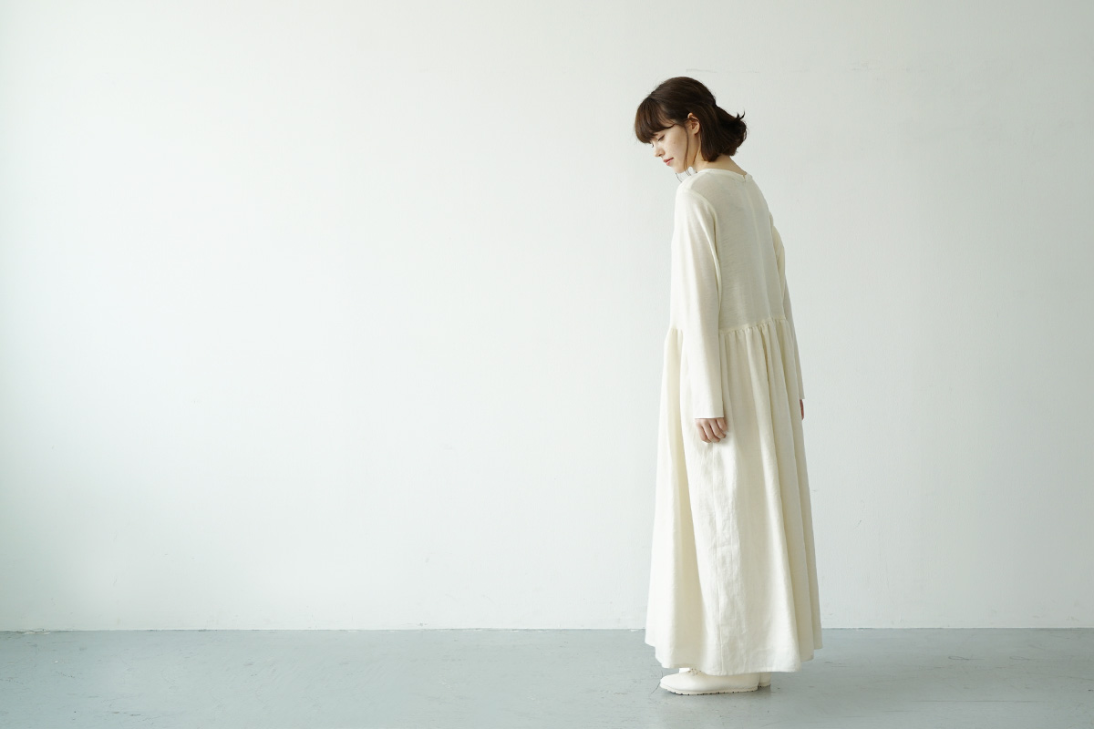Mochi panel dress [ma21-op-03/white]