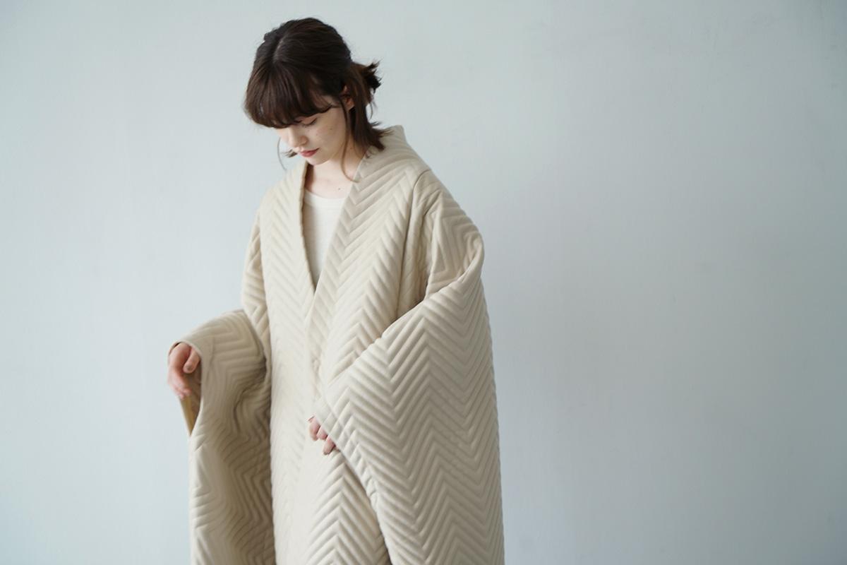 Mochi cape coat [ma21-co-01/off grey]