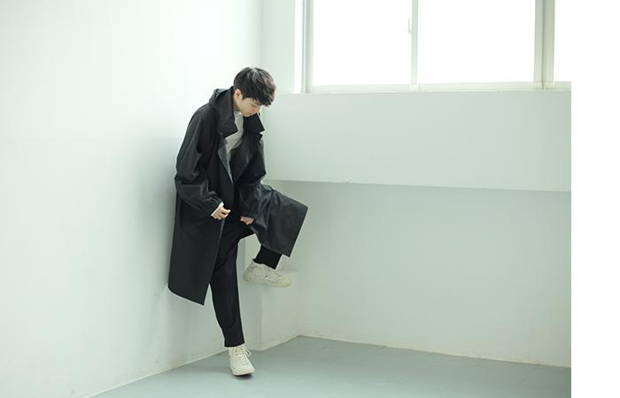 ESSAY エッセイ  三宅亮輔