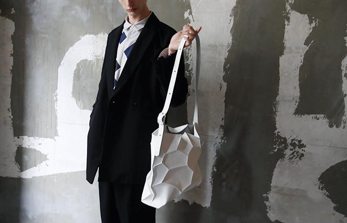 KAGARI YUSUKE カガリユウスケ 三宅亮輔