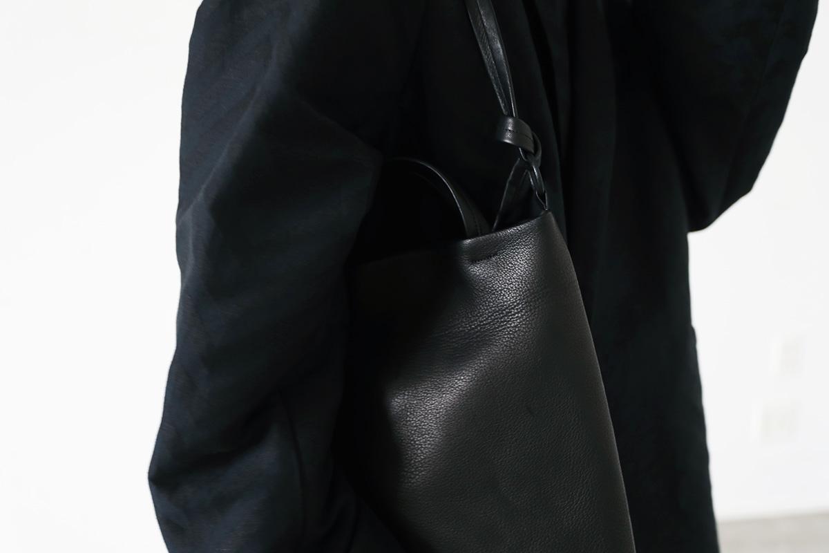VU ヴウ vu-product-B08[BLACK]<br>fold&toto bag