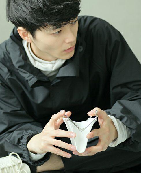 KAGARI YUSUKE 何かのパーツ小銭入れ[mw04-white]