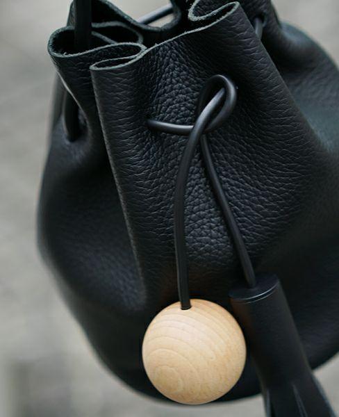 Building Block Mini Bucket in Pebbled Black[25/A.Pebbled Black]