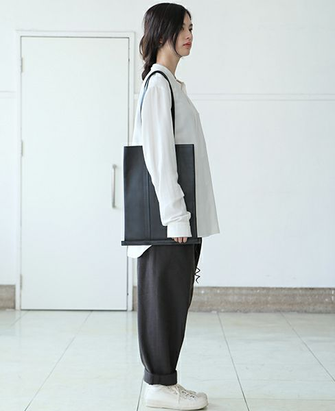 Building Block LINE TOTE[14/A.BLACK]