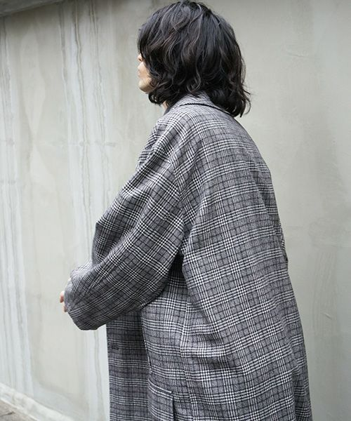 Edwina Hoerl coat[02/EH39C-03/form-giving function of death]