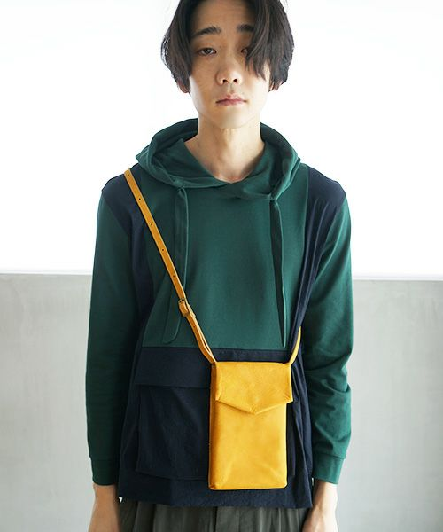 ohta オオタ yellow slim letter bag[ac-21Y8]