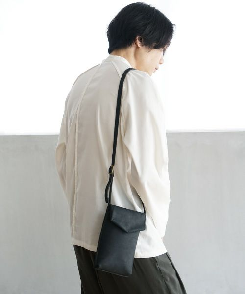 ohta オオタ black slim letter bag[ac-21B8]