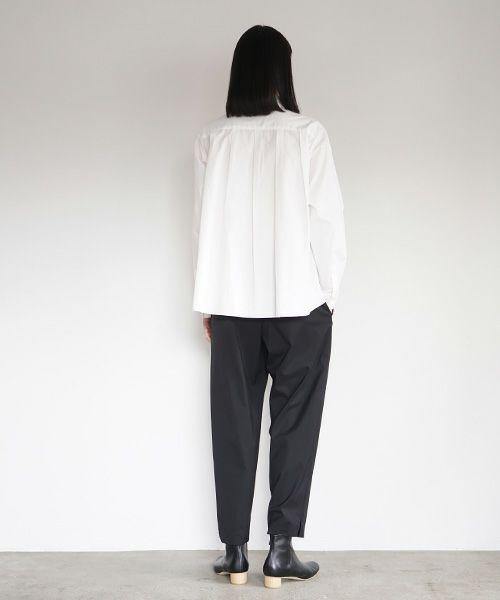 Mochi モチ tapered pants [black]