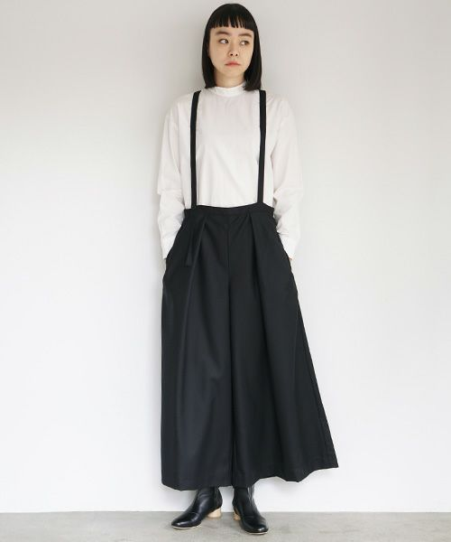 Mochi モチ suspender wide pants [black]