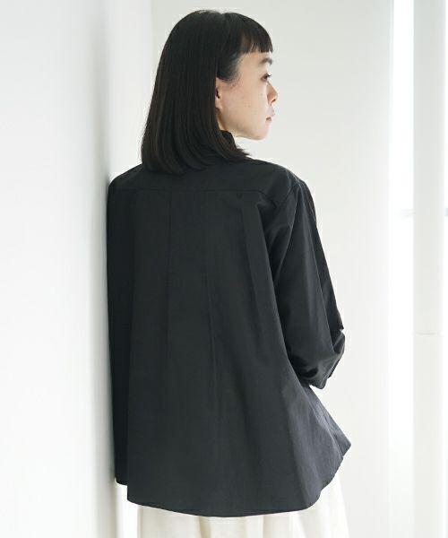 Mochi モチ tucked shirt [black]