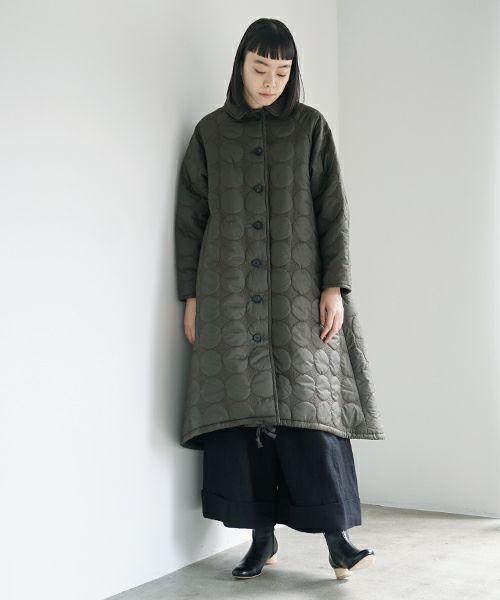 Mochi モチ quilted coat [khaki]