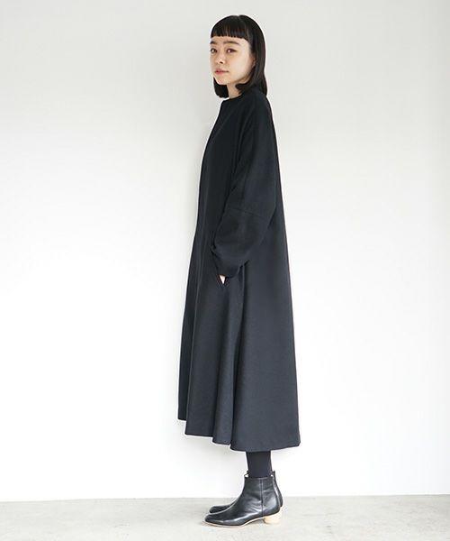 Mochi モチ no collar coat [black]