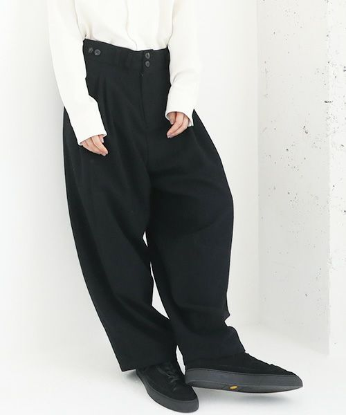 YANTOR ヤントル Stone Nep 2tuck Wide Pants[Y204PT02/BLACK]